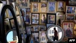 تصویر مسعود بارزانی، رئیس اقلیم خودمختار کردستان عراق، در یکی از مغازههای اربیل، پایتخت این اقلیم