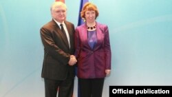 Belgium/EU/Armenia - Catherine Ashton, EU's foreign and security policy chief, meets with Edward Nalbandian, Armenian Foreign Minister, in Brussels,08Oct,2013