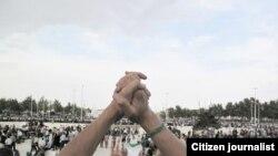 صحنهای از تجمعات مسالتآمیز معترضان در تهران