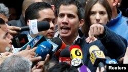 Хуан Гуайдо смята, че Владимир Путин и Си Дзинпин осъзнават, че Николас Мадуро не може да стабилизира ситуацията във Венецуела