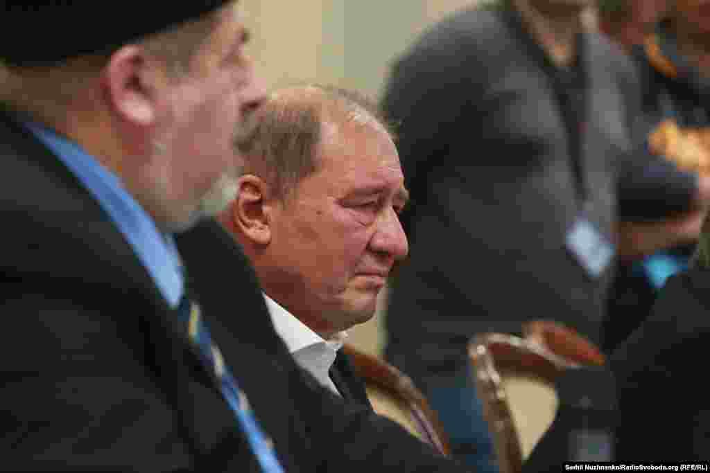 Ільмі Умеров до звільнення перебував під домашнім арештом.