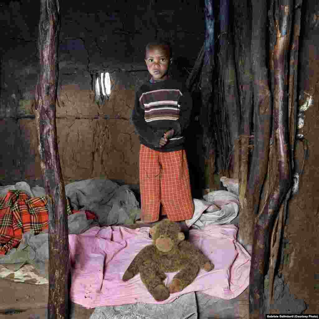 Тангавизи из Керико, Кения.