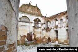 Руіны сынагогі ў Століне