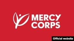 Mercy Corps логоси.