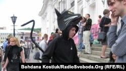 Активісти захищають історичну будівлю Гостиного двору в Києві, 26 травня 2012
