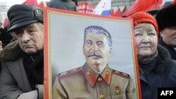 Допустимо ли размещать портреты Иосифа Сталина в День Победы?