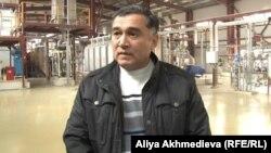 Директор крахмало-паточного завода в Жаркенте Виллиям Халиков.