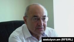 Председатель Общественного совета Вазген Манукян (архив)