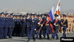 Armenia - Russian military personnel are lined up at the Erebuni airbase in Yerevan, 18Oct2013.