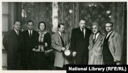 ჯონ სტაინბეკი მეუღლესთან ერთად თბილისში, ქართველ მწერლებთან