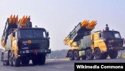 Pinaka համազարկային կրակի ռեակտիվ համակարգեր