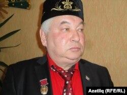 Наил Мәхмүтов