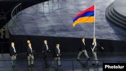 Erməni idmançılar Bakıdakı Avropa Oyunlarının açılışında, 12 iyun, 2015