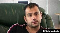 Жалобу в Страсбург направил известный в Европе грузинский футболист Георгий Деметрадзе, осужденный в марте прошлого года на шесть лет заключения за участие в нелегальном тотализаторе, вымогательстве денег и связях с криминалом