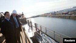 Францускиот претседател Никола Саркози при посетата на бродоградилиштата