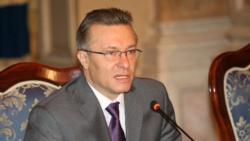 Cristian Diaconescu răspunde întrebărilor Valentinei Ursu