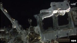 Russia's space agency says the function won't affect the crew of the International Space Station. (file photo)