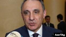 K.Əliyev