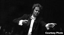 В репертуарі оркестру не тільки музична класика, а й твори сучасних українських композиторів. Фото з архіву Хобарта Ерла