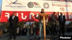 Armenia - A senior member of the Prosperous Armenia Party addresses an opposition rally in Ararat, 3Oct2014.