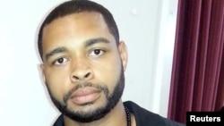 میکاجانسن مهاجمی که در دالاس پنج پولیس را به قتل رساند