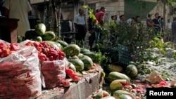 Սիրիա – Հալեպի ալ-Մաշհադ թաղամասի շուկան՝ ռմբակոծությունից հետո, 31-ը հուլիսի, 2013թ․