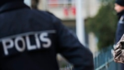 Türkmen zenany we ýaranlary $2,4 million 'mailhack' ogurlygynda aýyplanýar
