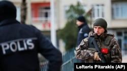 Türkiyə polisi