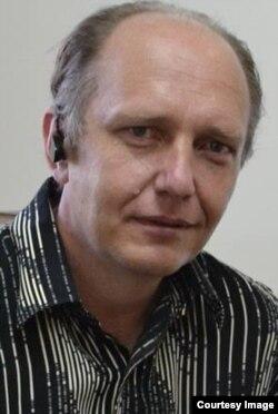 Олег Шро