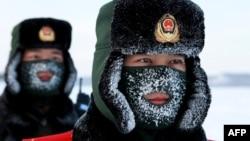 Китайські воєнізовані поліцейські тренуються на кордоні з Росією, 2016 рік