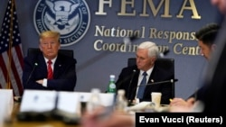 Трамп и Пенс обсуждают ситуацию с губернаторами в формате телеконференции, 19 марта 2020 года