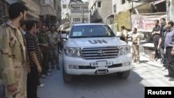 Химиялық қару қолданылғанын тексеруге Сирияға барған БҰҰ сарапшыларының көліктері. Дамаск, 28 тамыз 2013 жыл