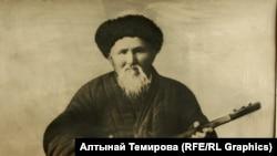 Токтогул Сатылганов.