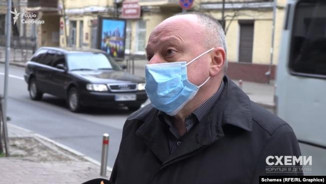 Про те, як прокурору часів Януковича вдалося уникнути люстрації, «Схеми» запитали і в Володимира Гулкевича