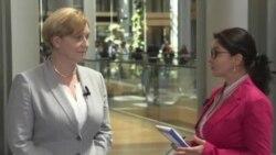 """Anna Elzbieta Fotyga: """"Deputații europeni sunt foarte îngrijorați de evoluțiile din Moldova"""""""