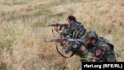 ارشیف، کندز کې افغان امنیتي ځواکونه د عملیاتو پر مهال