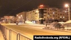 Вулиці Донецька під час комендантської години