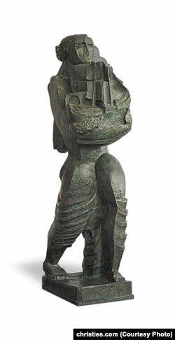 Скульптура Восіпа Цадкіна «Навігатар»