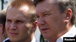 Олександр і Віктор Януковичі