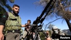 Российский самолет упал на территории, контролируемой оппозиционными Дамаску сирийскими туркменами