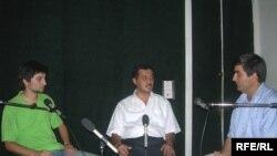 Valideyn Seyid Camal Əzimbəyli və «Dalğa» Gənclər Hərəkatının üzvü Ramin Hacılıyla söhbət, 1 sentyabr 2006