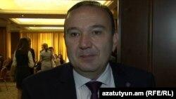 Министр образования и науки Армении Левон Мкртчян, Ереван, 11 мая 2016 г.