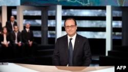 Президент Франции Франсуа Олланд в эфире телеканала TF1. 6 ноября 2014 года.