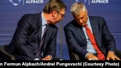 Foto nga arkivi - Presidentët Hashim Thaçi dhe Aleksandar Vuçiq në Alpbach, Austria.