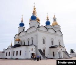 Софийско-Успенский собор Тобольского Кремля, образец стиля украинского барокко в российской Сибири.