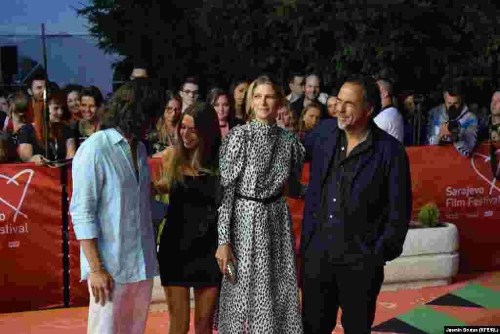 Meksički režiser Alejandro Gonzales Inarittu sa porodicom
