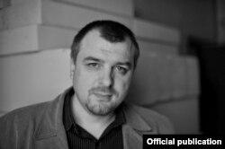 Lucian Dan Teodorovici (Foto: Service de presse Salon du Livre, Paris)