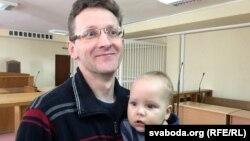 Алесь Лагвінец з сынам