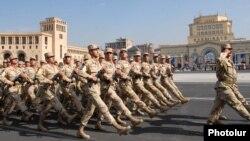 Yerevanda hərbi parad