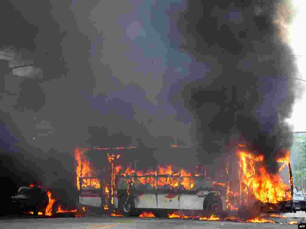 В результате войны между бандами наркоторговцев в Рио-де-Жанейро погибло 16 человек